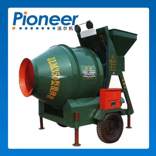 self-falling concrete mixer